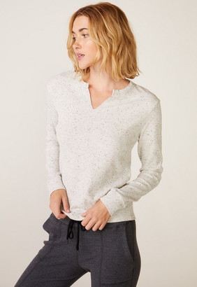 Singer22 LONG SLEEVE OPEN NECK TOP