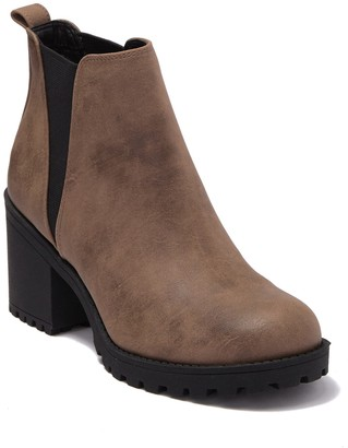 Chinese Laundry Levi Block Heel Ankle Boot