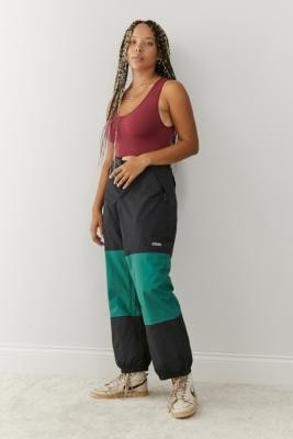 Quiksilver Snow Beater Ski Pants - Green XS at Urban Outfitters