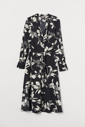 H&M Tie-belt Satin Dress