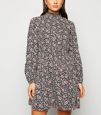New Look Petite Floral Shirred High Neck Dress