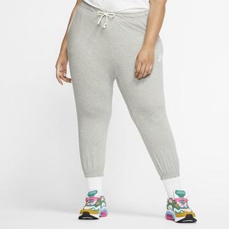Nike Women's Capris (Plus Size Sportswear
