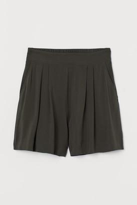H&M Shorts High Waist - Green