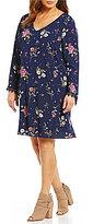 Moa Moa Plus Floral Lace Trim V-Neck Long Sleeve Shift Dress