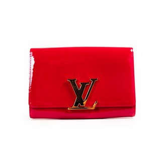 Louis Vuitton Louise Red Patent leather Clutch bags