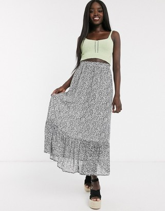 Pieces maxi skirt in ditsy floral