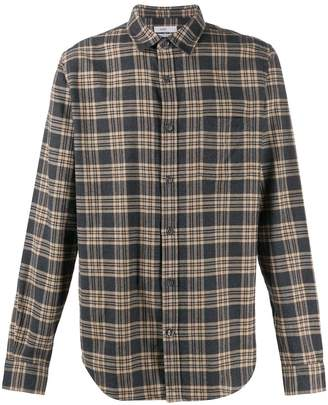 Closed check flannel shirt