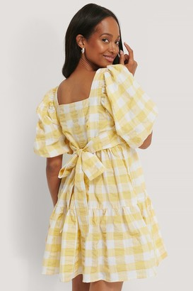 NA-KD Puff Sleeve Smock Mini Dress