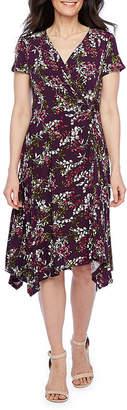 Perceptions-Petite Short Sleeve Floral Sheath Dress