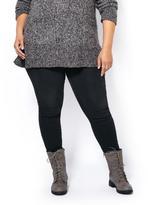 Penningtons d/c JEANS Petite Slightly Curvy Fit Skinny Black Jean