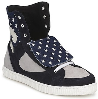 Chipie JILIANE women's Shoes (High-top Trainers) in Black