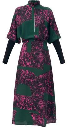 Colville - Alphabet-print Crepe Dress - Green