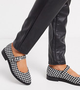 Asos Design DESIGN Wide Fit Ven mary jane flat shoes in houndstooth