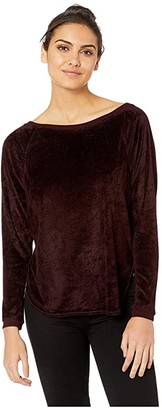 Hard Tail Long Sleeve Shoulder Side Raglan Tee (Red Plum) Women's Clothing