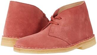 Clarks Desert Boot. (Dark Blush Suede) Women's Shoes
