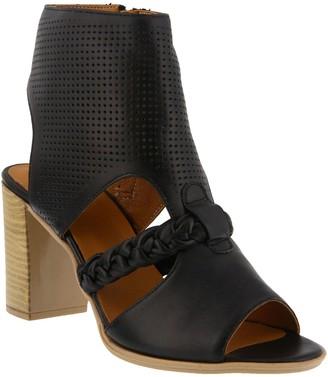 Spring Step Leather Sandals - Farrah