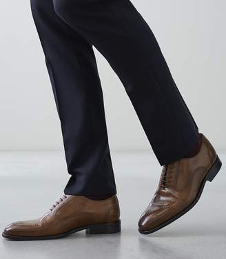Reiss Riley - Leather Oxford Brogues in Mid Brown