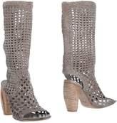 Elisanero Boots - Item 11302869