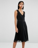 Oasis Lace Pleated Dress