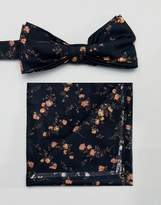 Gianni Feraud liberty print Bow Tie and Self Pocket Square