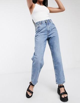 Monki Kiko organic cotton twisted seam jeans in blue