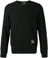 Fred Perry logo patch sweatshirt - men - Acrylic/Wool - 40