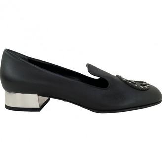 Gucci Black Leather Flats