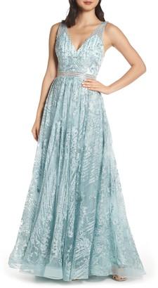 Mac Duggal Beaded & Embroidered Chiffon Evening Dress