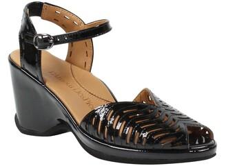 L'Amour des Pieds Oanez Wedge Sandal