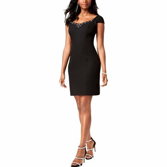 Jessica Howard JessicaHoward Women's Crepe Bodycon Cocktail Dress with Chiffon Cap Sleeves