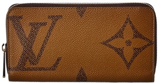 Louis Vuitton Giant Monogram Canvas Zippy Wallet