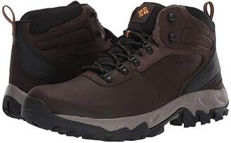 Columbia Newton Ridge Plus II Waterproof (Cordovan/Squash) Men's Shoes