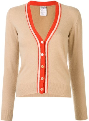 Chanel Pre Owned 2002 buttoned V-neck cardigan