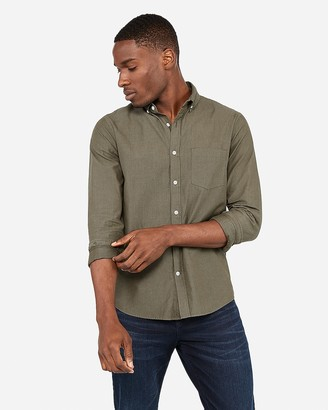 Express Slim Button-Down Soft Wash Shirt