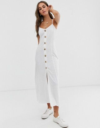 Asos Design DESIGN maxi slubby cami swing dress with faux wood buttons-White