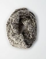 American Eagle Outfitters AE Plush Twisted Snood