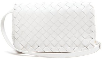 Bottega Veneta Intrecciato Leather Cross-body Bag - Womens - White