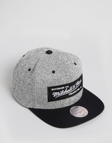 Mitchell & Ness Snapback Cap Duster