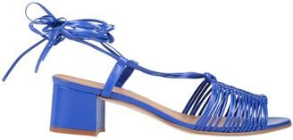NAGUISA Sandals