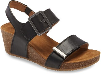 Comfortiva Emberly Wedge Sandal