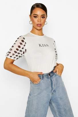 boohoo Kiss Slogan T-Shirt With Mesh Lip Sleeves