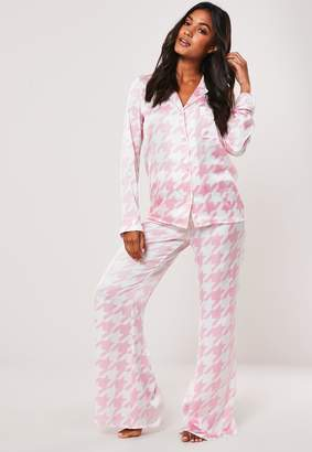 Missguided Petite Pink Houndstooth Satin Pyjama Bottoms