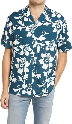 Reyn Spooner Rain Lily Pareo Tropical Short Sleeve Button-Up Camp Shirt