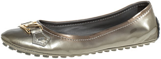 Louis Vuitton Grey Patent Leather Oxford Slip On Ballet Flat Size 39