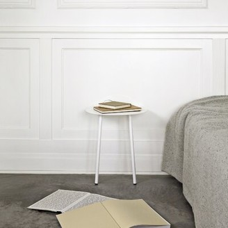 Menu Yeh Coffee Table Size: Low, Top Color: White