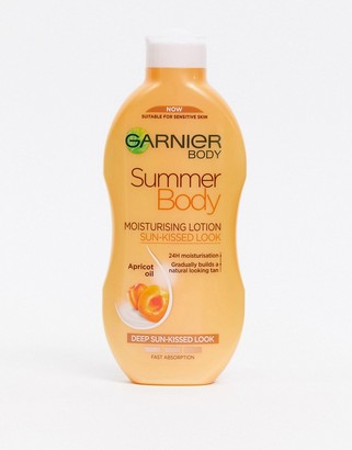 Garnier Summer Body Hydrating Gradual Tan Moisturiser Dark 250ml