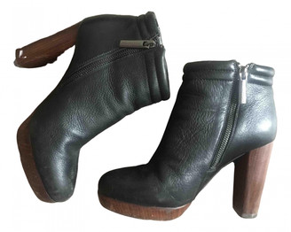 Adolfo Dominguez Black Leather Ankle boots