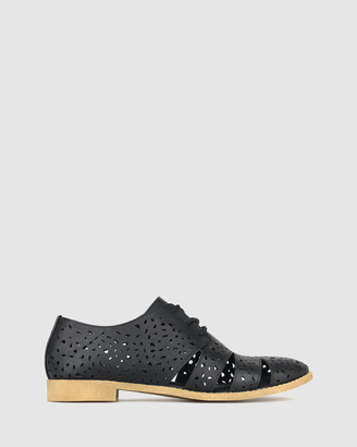 betts Minnie Cut Out Lace Up Shoes