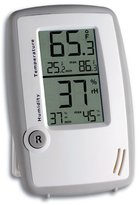 La Crosse Technology 30.5015 Digital Thermo-Hygrometer with Min/Max Reset