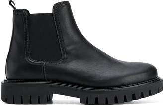 Tommy Hilfiger chunky sole Chelsea boots